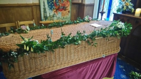 Coffin Garlanding